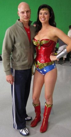 woner-woman-shorts.jpg
