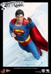 HT_Superman_pr14.jpg