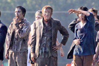 the-walking-dead-season-2-behind-the-scenes-2.jpg