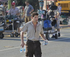 the-walking-dead-season-2-behind-the-scenes-5.jpg