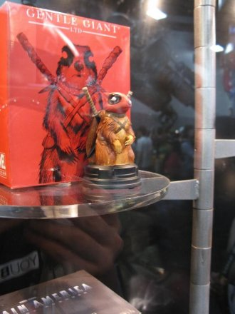 sdcc2011_gentle_giants-010.jpg