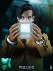Dr-Who-Eleventh-Doctor-016_1317820111.jpg
