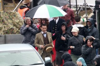 tobey-maguire-the-great-gatsby-set-photo-1.jpg