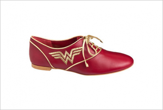 wonderwomanoxfords.png