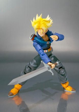 SH-FIguarts-Trunks-02.jpg