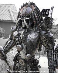 handmade_predator_alien_1.jpg
