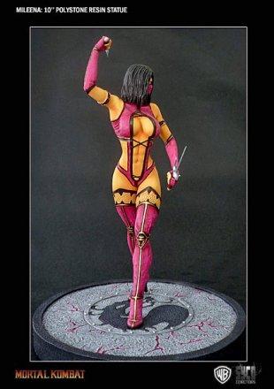 Mortal-Kombat-Mileena-Statue-7.jpg