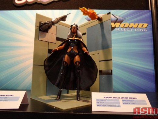 marvel_select_storm-toyfair_2012_DST_marvel_5.jpg