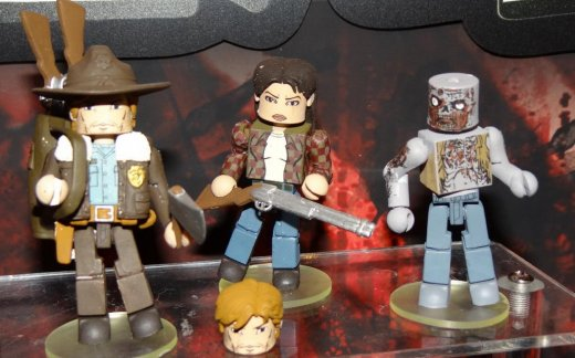 toyfair-2012-diamond-select-walking-dead-minimates-4.jpg