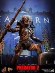 Hot Toys - Predator 2 - City Hunter Predator Limited Edition Collectible Figurine_PR6.jpg