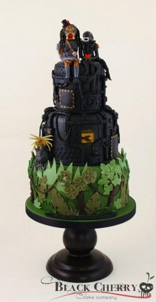 alien-and-predator-wedding-cake.jpg