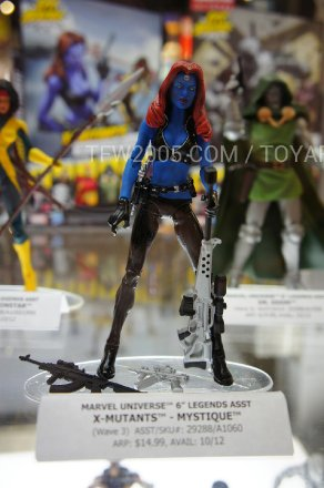 SDCC-2012-Marvel-Universe-Legends-029.jpg