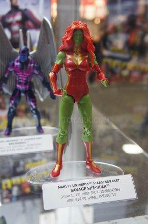 Mattel-DC-2012-2013-savage-she-hulk.jpg