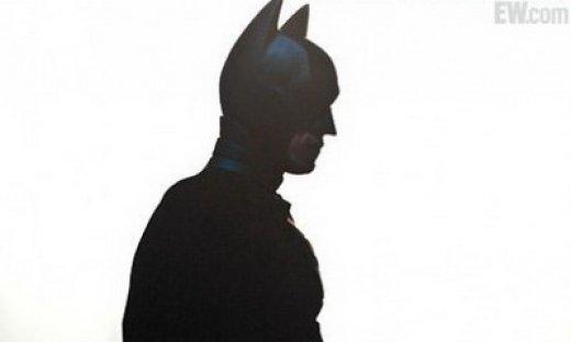 the-dark-knight-rises-batman-feat.jpg