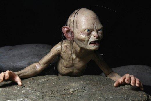 NECA-The-Hobbit-Gollum.jpg