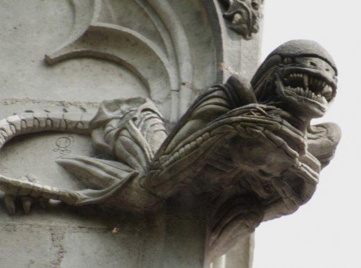 Chapelle-de-Bethlem-Alien.jpg