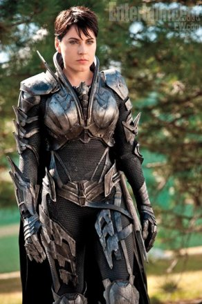 man-of-steel-Faora.jpg