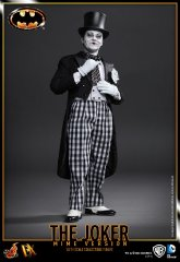 Hot Toys - Batman - The Joker_1.jpg