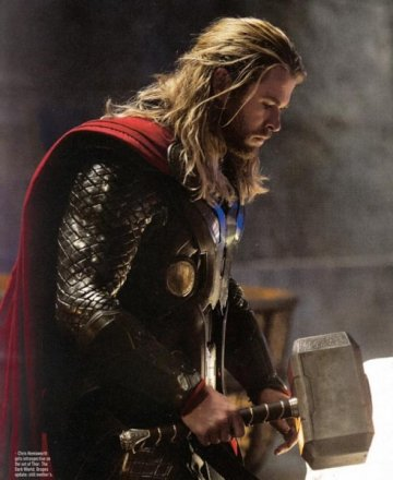 thor-the-dark-world-chris-hemsworth5-491x600.jpg