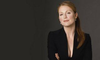julianne-moore_feat.jpg