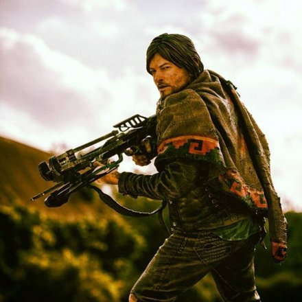 mcfarlane_the_walking_dead_daryl_3.jpg