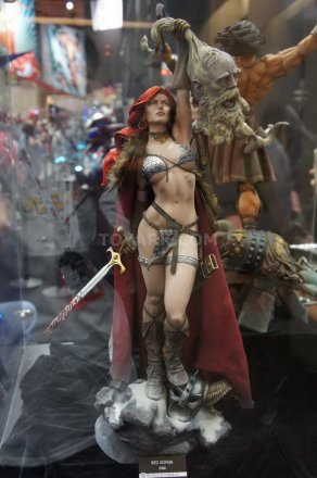 SDCC-2013-Sideshow-Booth-001.jpg
