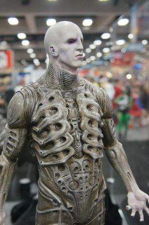SDCC-2013-Sideshow-Booth-084.jpg