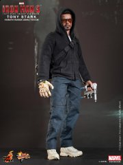 Hot Toys - Iron Man 3 - Tony Stark (Mandarin Mansion Assault Version) Collectible Figurine_PR1.jpg