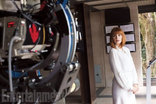 jurassic-world-bryce-dallas-howard-600x400.jpg