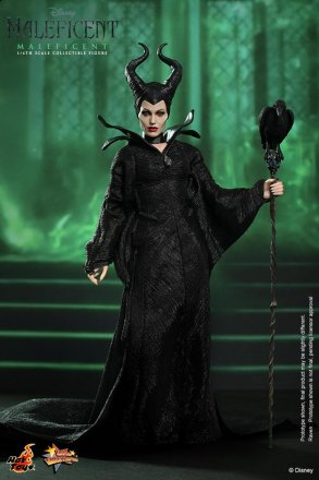 Hot Toys - Maleficent - Maleficent collectible figure_PR1.jpg