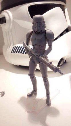 Kaiyodo-Revoltech-Star-Wars-Stormtrooper-1.jpg