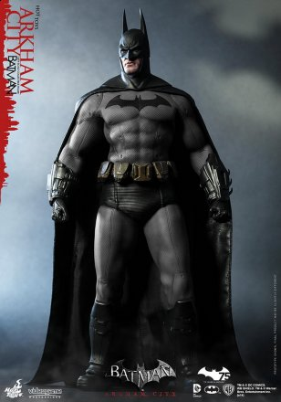 Hot Toys - Batman - Arkham City - Batman Collectible Figure_PR1.jpg