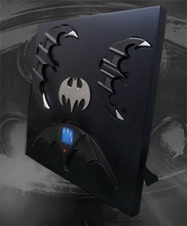 Batarang-Prop-Replicas-Set-001.jpg