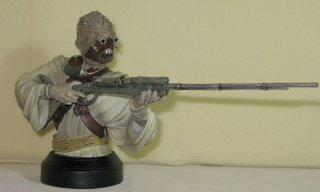 gentle_giant_star_wars_tusken_raider_bust_02.jpg