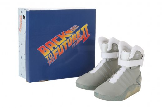 nike-air-mag-halloween-costume-replicas-officially-licensed-by-universal-studios-1.jpg