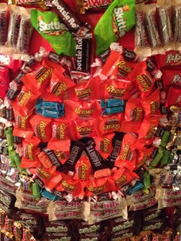 halloween candy cape_1.JPG