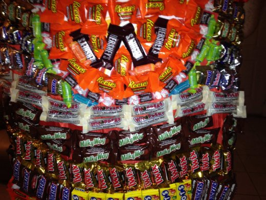 halloween candy cape_3.JPG