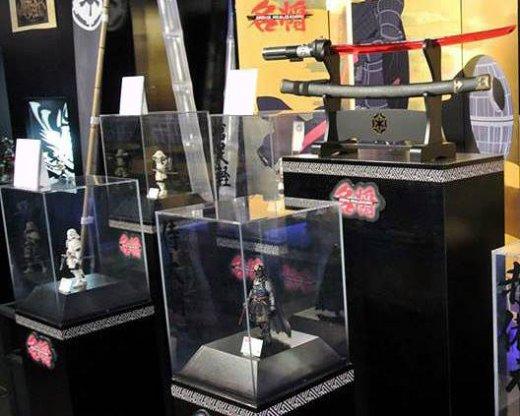 Bandai-Samurai-Star-Wars-Display-Angle.jpg