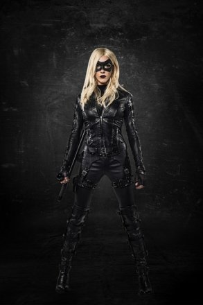 arrow-katie-cassidy-black-canary-400x600.jpg