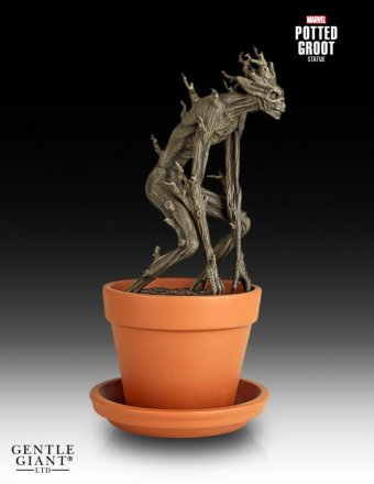 Gentle-Giant-Potted-Groot-Statue-2014-Holiday-GIft-004.jpg