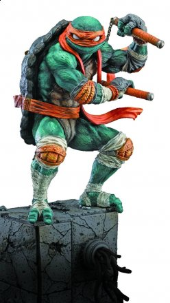 TMNT_Movie_Michelangelo_Statue.jpg