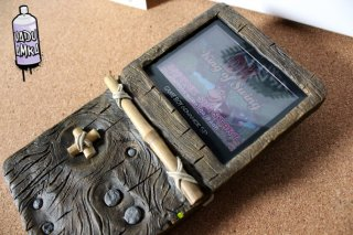 Vadu-Amka-Console-Custom-Donkey-Kong-686x457.jpg