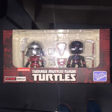 The-Loyal-Subjects-Hastings-Exclusive-TMNT-Action-Vinyls-02.jpg