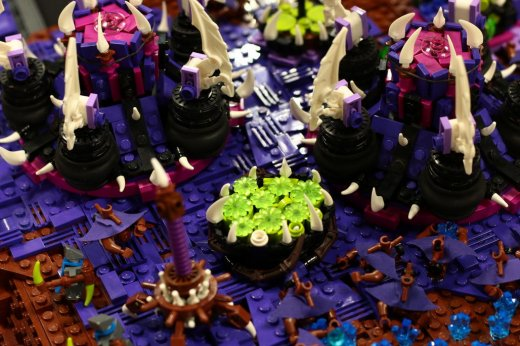 StarCraft-A-Lego-Microscale-Collaboration-13.jpg