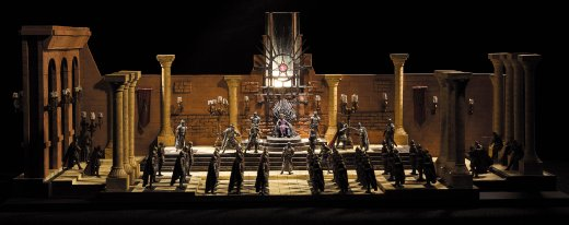McFarlane-Game-of-Thrones-Iron-Throne-Room-Set-002.jpg