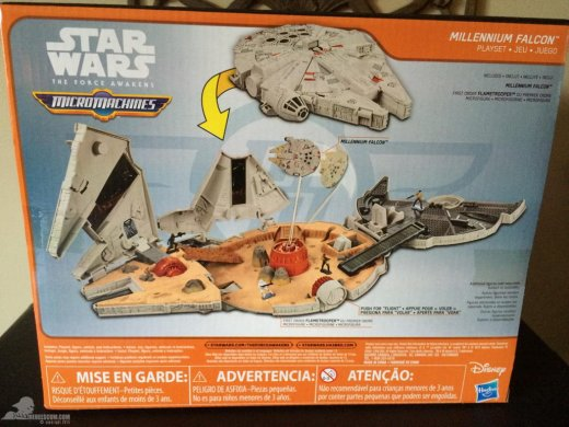 star-wars-the-force-awakens-millennium-falcon-micromachines-playset-080615-002-2.jpg