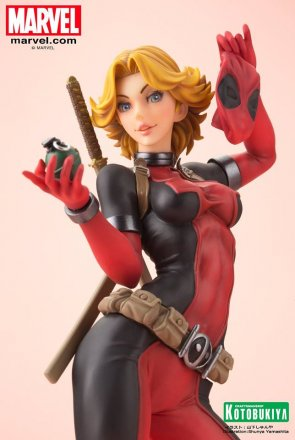 Lady-Deadpool-Bishoujo-Statue-010.jpg