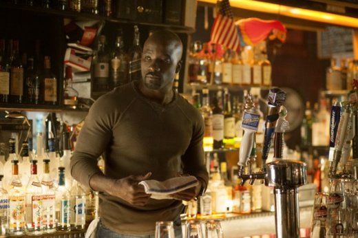marvel-jessica-jones-mike-colter-600x399.jpg