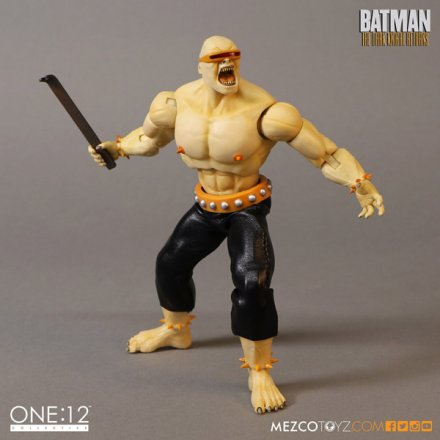 mezco_one_12_collective_mutant_leader_4.jpg