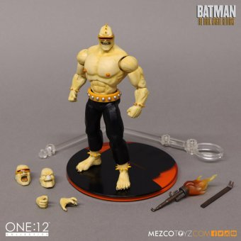 mezco_one_12_collective_mutant_leader_6.jpg